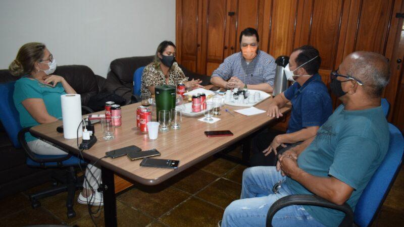 Sindmed-AC realiza reunião com o vereador e médico Raimundo Castro