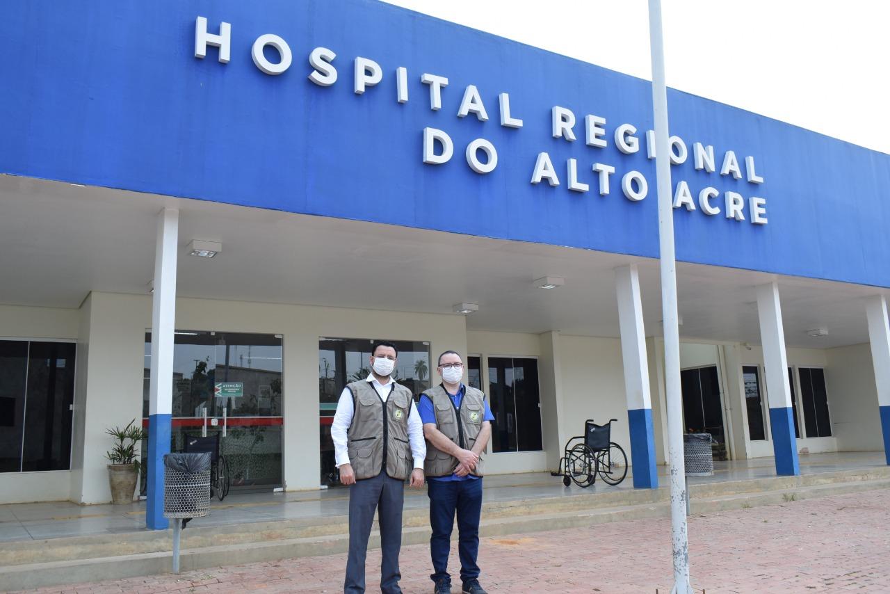 Hospital de Brasiléia sofre com a falta de EPIs e medicamentos