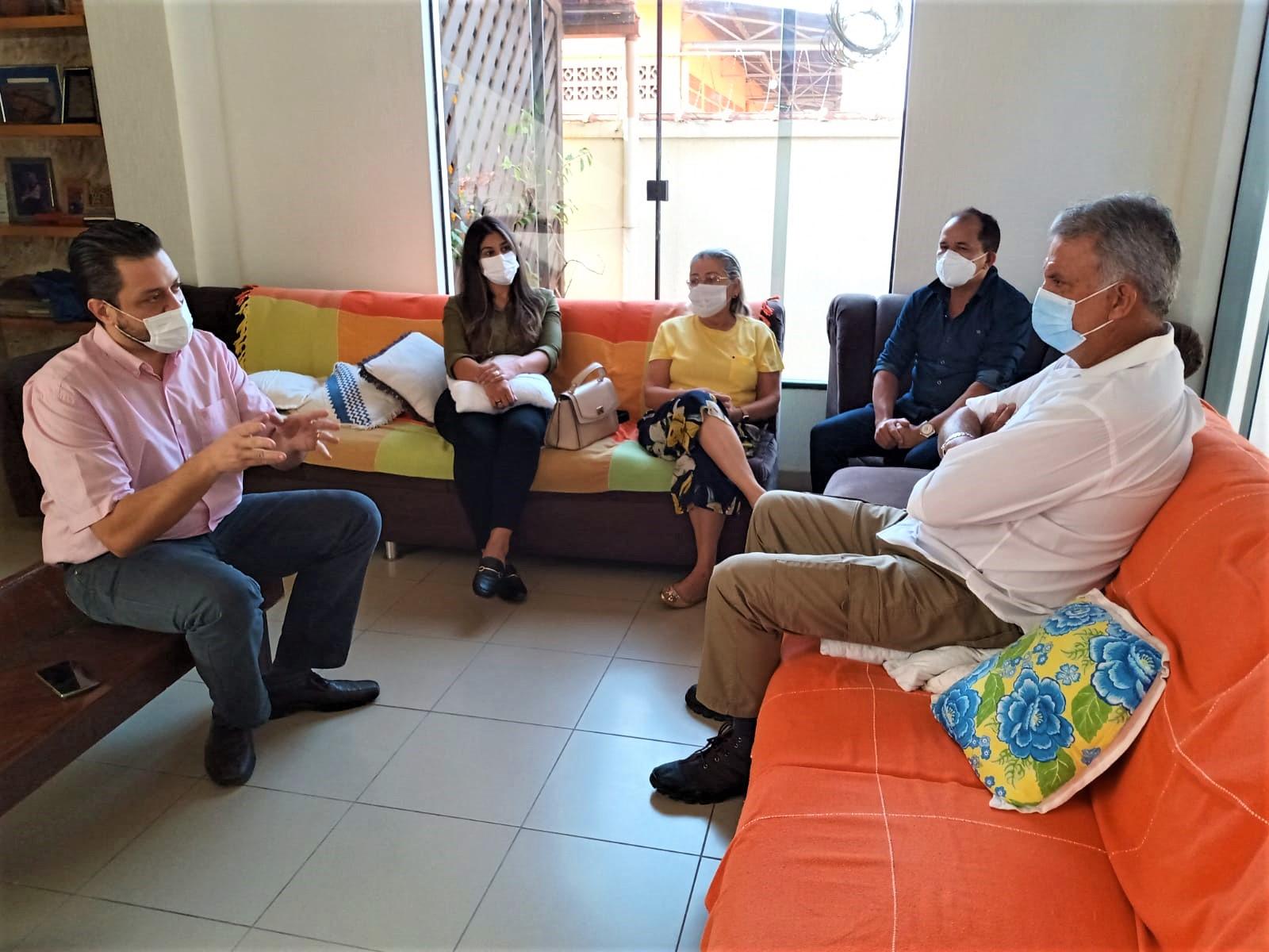 Sindmed-AC e CRM realizam visita institucional ao senador Sérgio Petecão