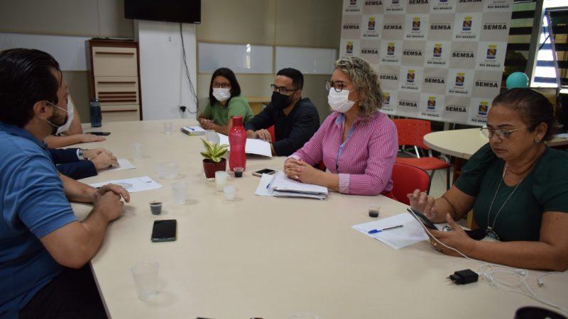 Sindmed-AC e Semsa realizam reunião para debater PCCR